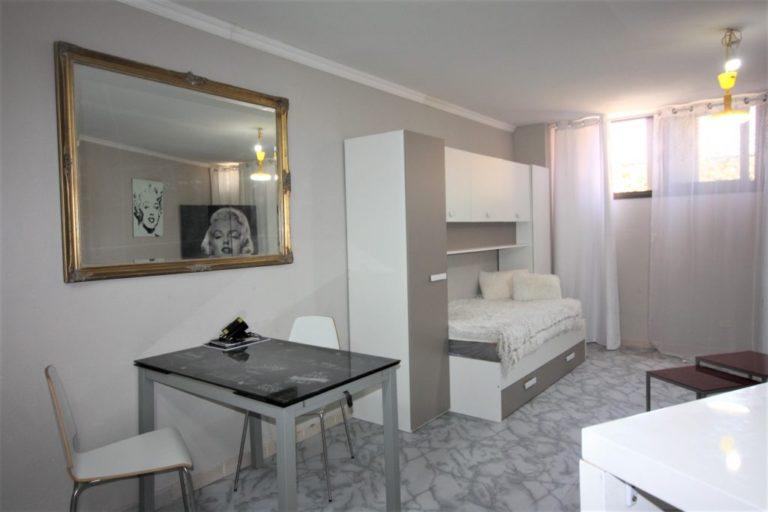 Parduodamas vieno kambario butas (studija)